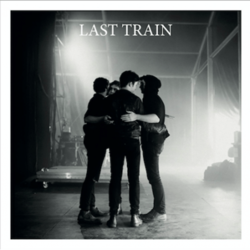 "Pochette Album de Last Train ""Fragile"""